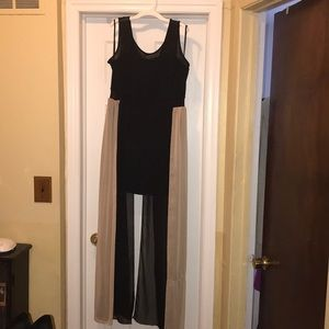 Midi dress with waist to floor covering!
